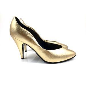 Vintage PIERRE DUMAS gold stiletto pumps